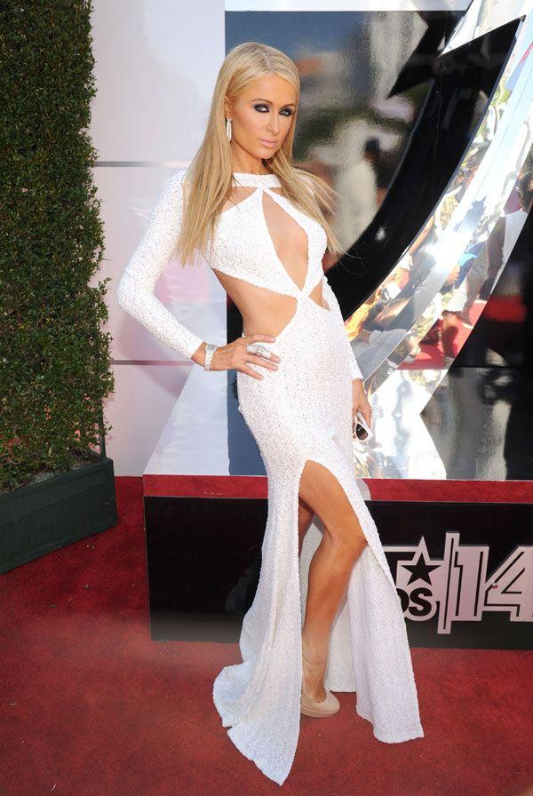 Paris Hilton returns!