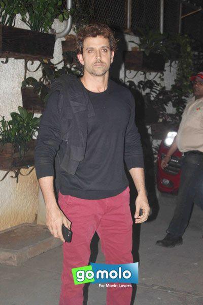 Hrithik Roshan at the Screening of Hindi movie 'Bajirao Mastani' at Sunny Super Sound in Mumbai