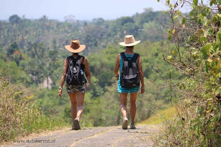 Wandelen in de natuur op Bali Ubud area. 23 okt 2014. Een heerlijke ochtend wandeling vastleggen bij Emile ? email: emilesvv@hotmail.om