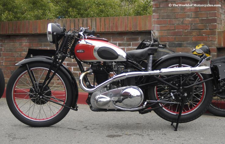 Vintage 1936 Ariel Red Hunter 500cc Motorcycle Owner: Kim Young, California