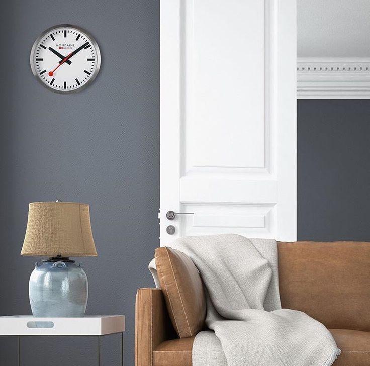 Horloge Mondaine 40 cm 299€ ou 25 cm 169€  https://www.mode-in-motion.com/montre-mondaine #mondaine #horloge #design #bauhaus #art #decoration #style #paris #bordeaux #lille #deauville #dinard #rennes #valenciennes #brive #fecamp #rouen #nantes #labaule #larochelle #saintmartinderé