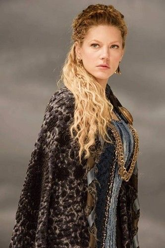 Vikings Lagertha Season 3 official picture - vikings-tv-series Photo