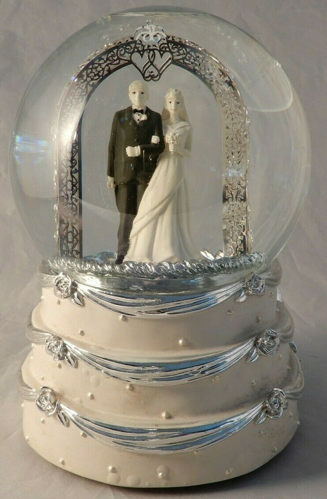 Christmas Gifts 2020 Things Remembered Things Remembered Custom Engravers Wedding Couple on Wedding Cake