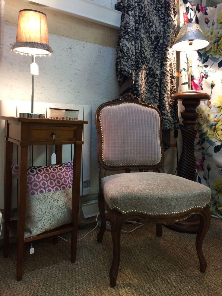 Coin boudoirs  Paires de chaises rénovées  Tissu casamance, Designers Guild En vente dans la boutique