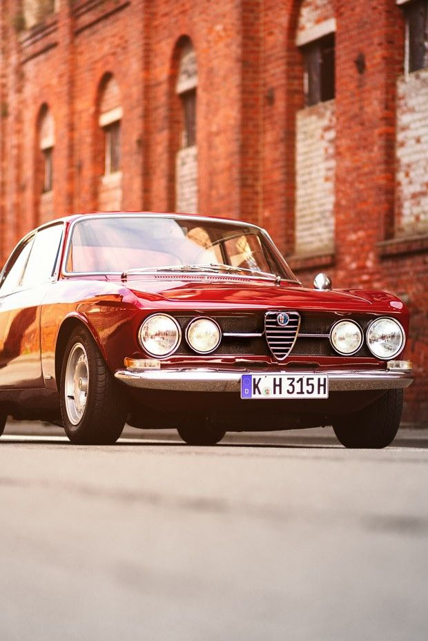 Alfa Romeo 1750 GTV #alfaromeovintage