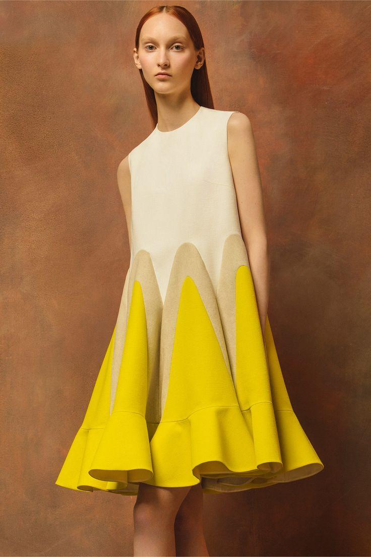 awesome Яркое желтое платье (50 фото) — С чем его носить?