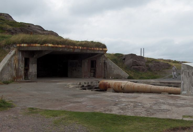 Could we do the styled table set up in front of an old canon bunker?