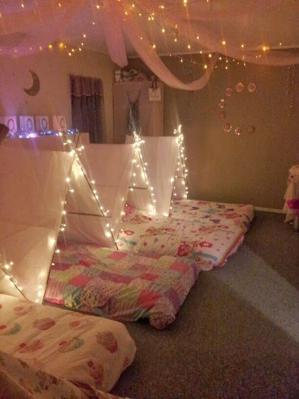 The 34 best images about sleep over fun on pinterest - Bedroom ideas for yr old girl ...
