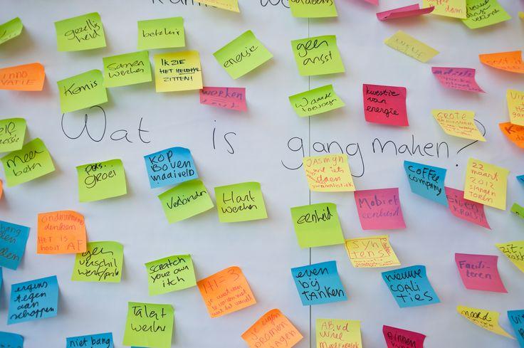 Gangmaken is....1000 gekleurde briefjes op de muur! Gangmaken is alles wat jij te bieden hebt aan elkaar en de wereld. Gangmaken is ondernemen, Gangmaken is samenwerken, zo divers en toch samen 1.