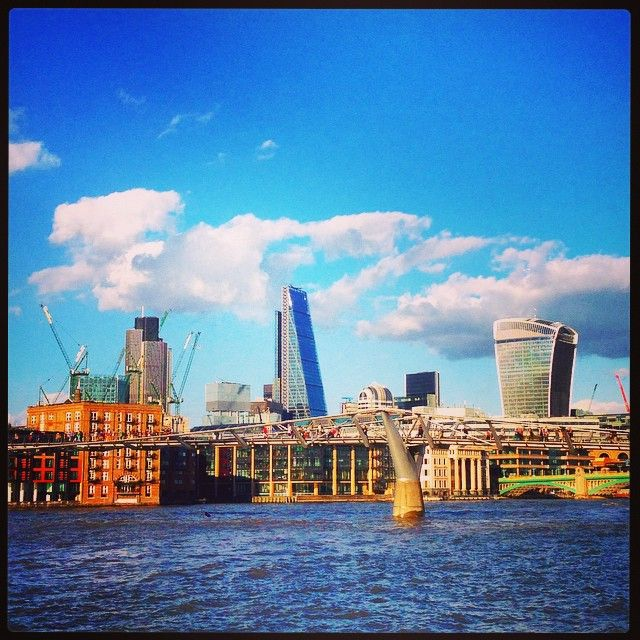 #beautiful day on #Bankside @VisitBankside Get the #Kooky #London #App http://bit.ly/11XgicP ig_London #igLondon #London_only #UK #England #English #GreatBritain #British #quirky #photoftheday #photography #picoftheday #igerslondon #lovelondon #instalondon #londonslovinit #mylondon #fenchurchstreet #walkietalkie #StPauls #Sunshine #Padgram