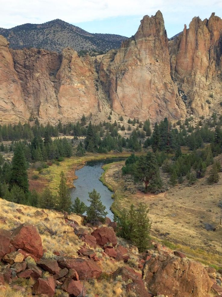 Hiking Misery Trail at Smith Rock in Central Oregon needs to be on your bucket list.
