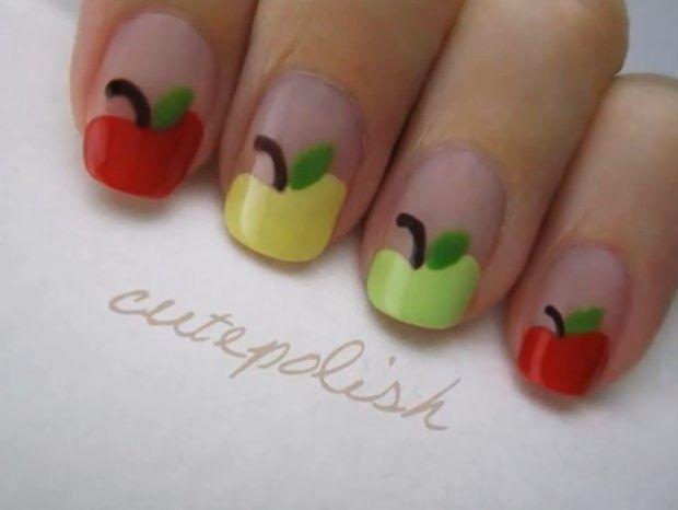 Manicura de manzanas, manzanitas de colores para nuestras uñas