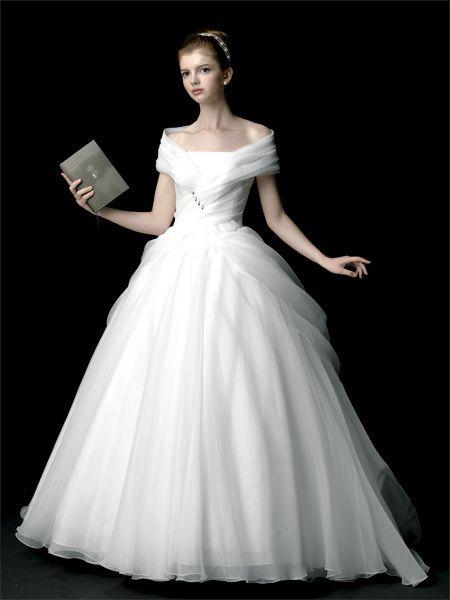 エマリーエ(EMarie) 白鳥のドレス
