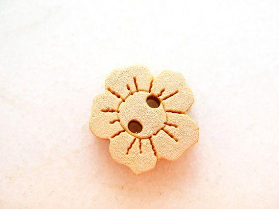 Bezutiful Flower  Wood Buttons Children Buttons Sewing by nezoshop, $2.45