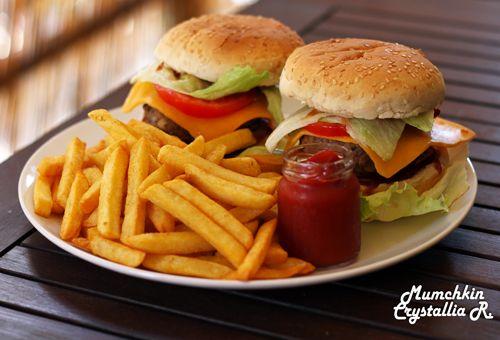 Burger-crystallia-ingolden.gr-syntages-mpifteki-mumchkin-crystal-diary