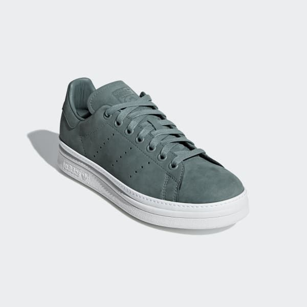 Stan Smith New Bold Shoes Green B37664 | Bold shoes, Stan ...