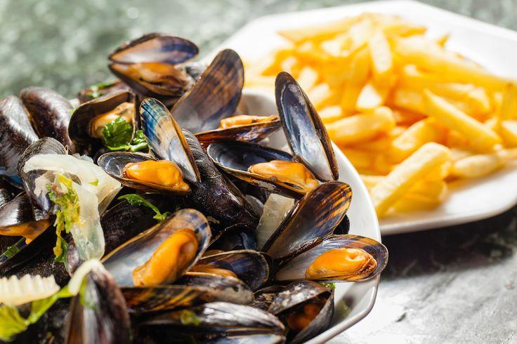 Hmm mosselen! Ontdek hier een recept om de heerlijke zeevruchten klaar te maken met pastis en venkel.