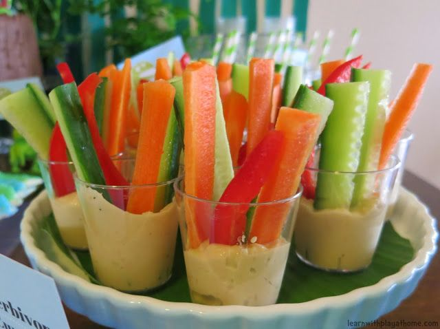 Kids party food. Little dip cups with sliced veggies. (Herbivore cups for a dinosaur party)