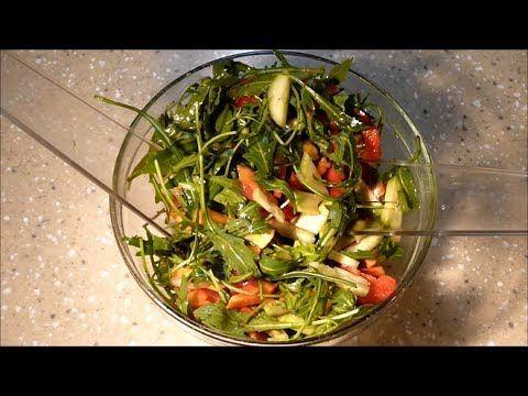 ВКУСНЫЙ САЛАТ С РУККОЛОЙ, АВОКАДО И ХУРМОЙ (Delicious salad with arugula, avocado and persimmon)