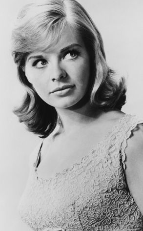 ":: Susannah York. Brilliant and beautiful as Sophie Weston in ""Tom Jones""; controversial in ""The Killing of Sister George"". Oh yeah, she was also Superman's real mom ::"
