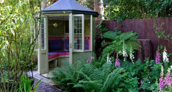 Transform your garden with a summerhouse