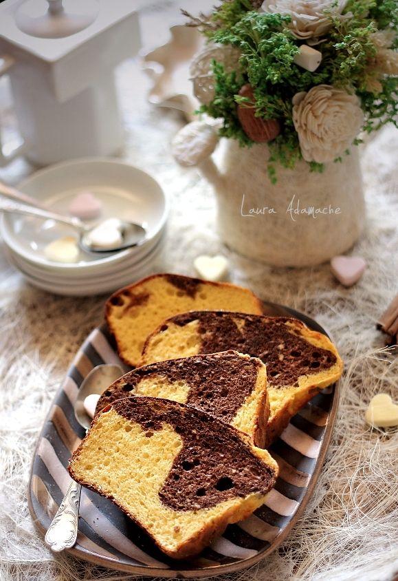 Reteta chec dukan cu vanilie si ciocolata. Desert dietetic pentru micul dejun. Cum se face un chec dukan pufos, fara grasimi.