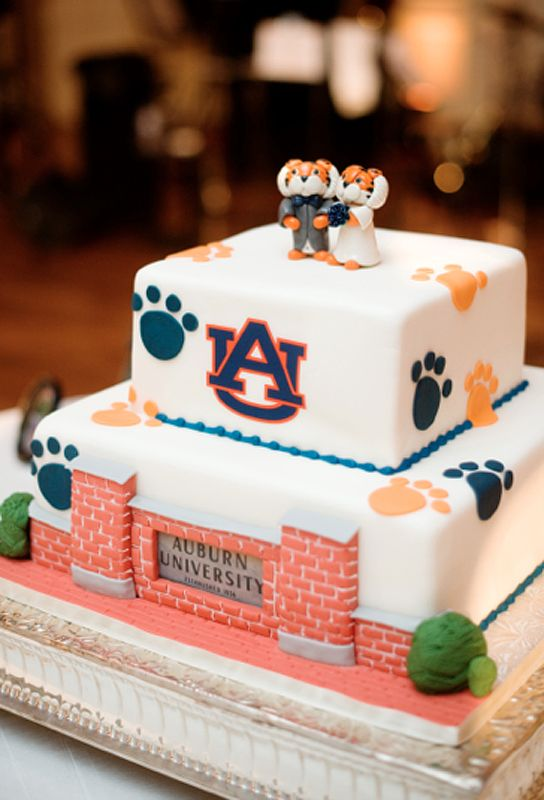 Southern Wedding Tradition | Groom's Cake » Charmed Wedding Blog