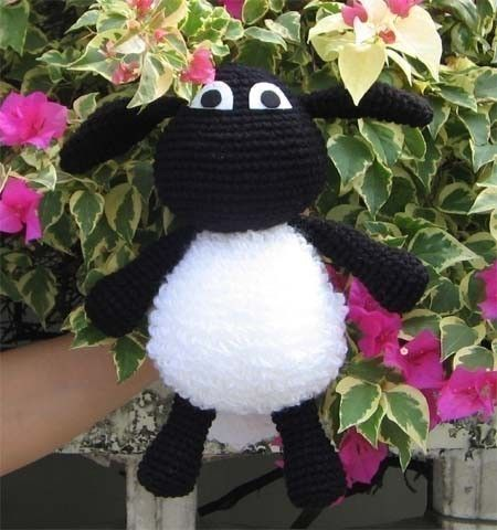 Timmy the sheep pattern by Chontica.etsy
