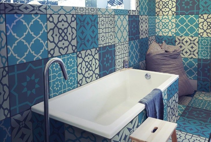 Mit Fliesenfolien können Bad und Küche ganz individuell gestaltet werden