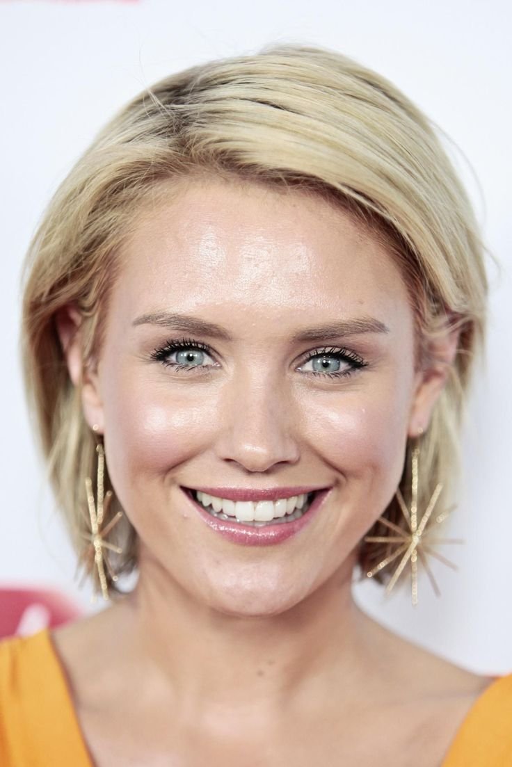 Nicky Whelan at event of Departure Date (2012) http://www.movpins.com/dHQyNDAxMDA5/departure-date-(2012)/still-3871779328