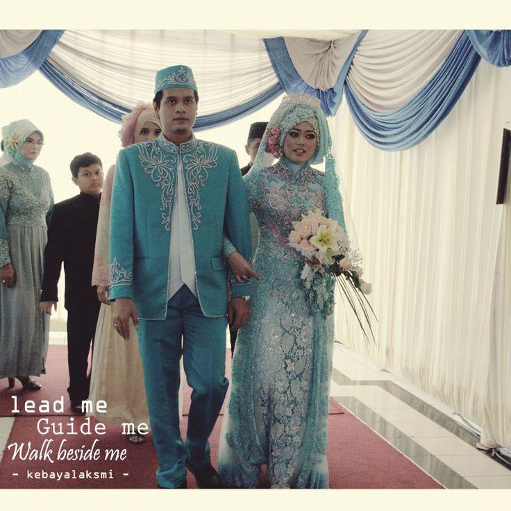 kebaya wedding renny dan ade #kebaya #kebayalaksmi #kebayasurabaya #weddingdress #kebayainspiration #gown