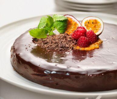 Recept: Choklad- och kolatårta