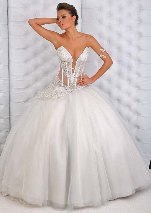Totally Beautiful Wedding Dress......This is it for me!!!!!!!! The 20 Most beautiful wedding dresses