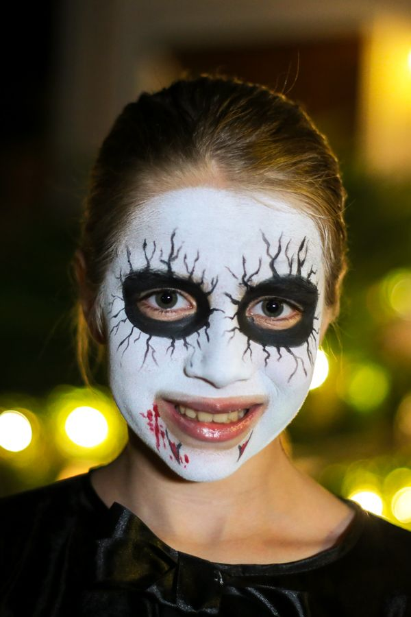 Inspired by our classic vampire look? All you need is the Snazaroo Halloween kit and to follow the tutorial on our website – it's so easy, it won't leave you drained!