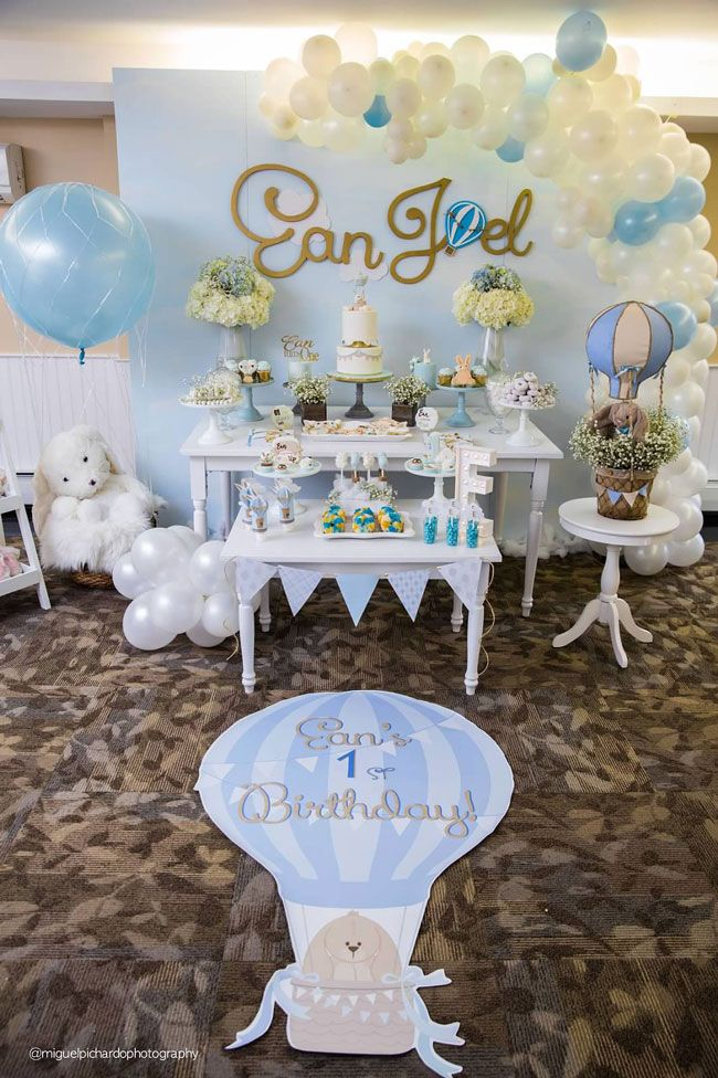 Boy S Hot Air Balloon First Birthday Party Hot Air Balloon Baby