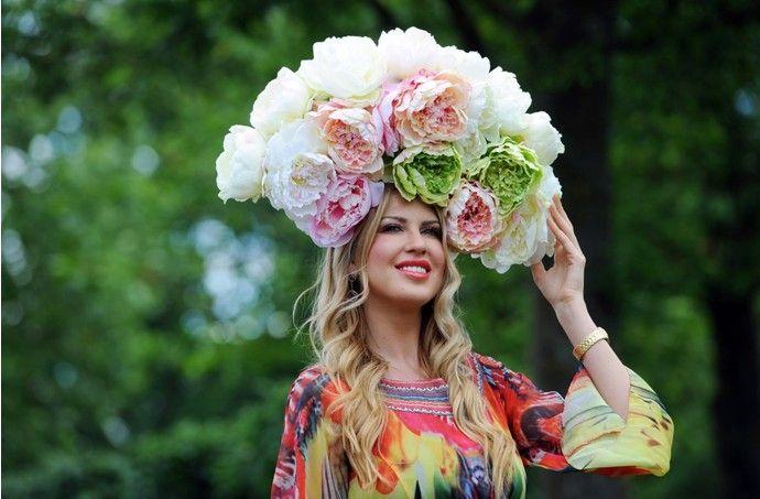 самые необычные головные уборы: 24 тыс изображений найдено в Яндекс.Картинках