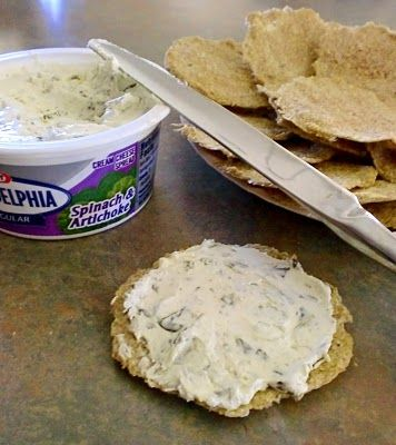 Low carb crackers - made with flaxseed.