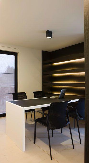 Office in Ardooie / Frederic Kielemoes