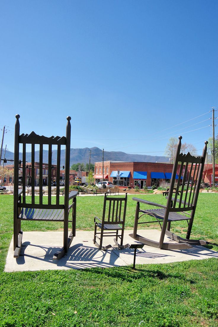 Black Mountain North Carolina Giant Rocking Chairs In Town Park Nc Mountain Small Towns Pinterest North Carolina Mountains And Nc Mountains