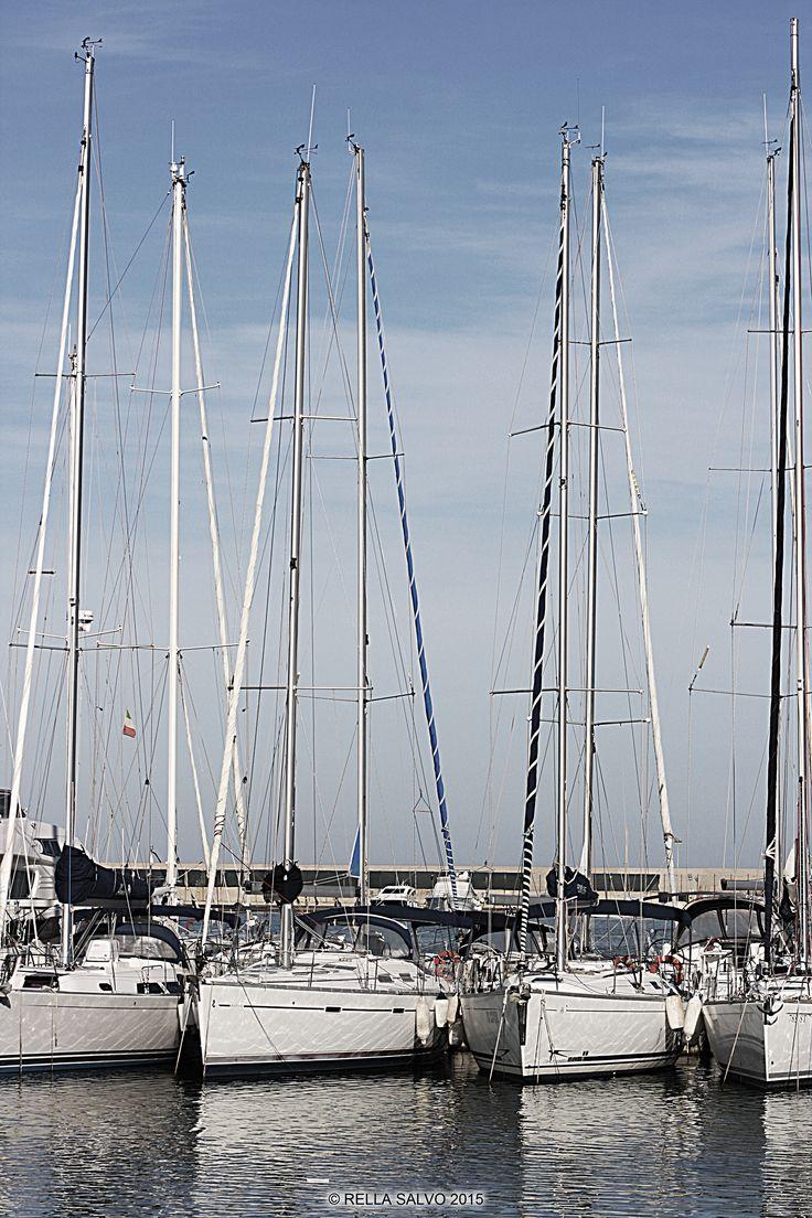 Boats, Sun and Sea