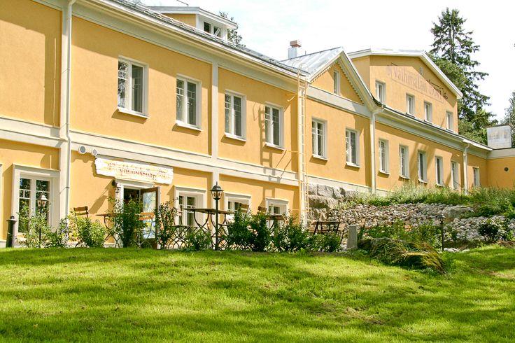 Romanttinen kartanohenkinen hotelli-ravintola, Lempäälä. www.vaihmalanhovi.fi