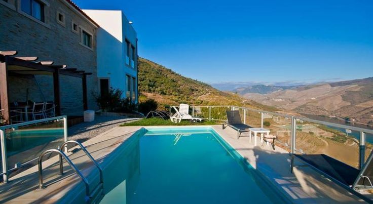 Quinta de Santo Antonio Tabuaço Set on 20 hectares of vineyards, this property offers tours around the countryside as well as wine tastings. This restored farm house boasts an outdoor pool and modern rooms overlooking the Douro Valley.