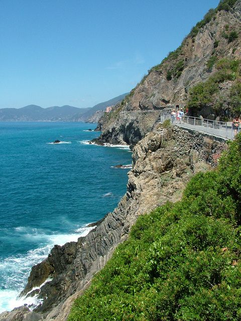 """""""La Via dell'Amore"""" - Riomaggiore to Manarola, Cinque Terre, italy"""