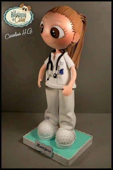 Fofucha enfermera con coleta