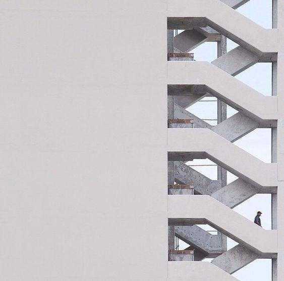 A arquitetura também é uma maneira de arte e trabalho feito à mão, não se esqueça disso. Vejo …   – arch