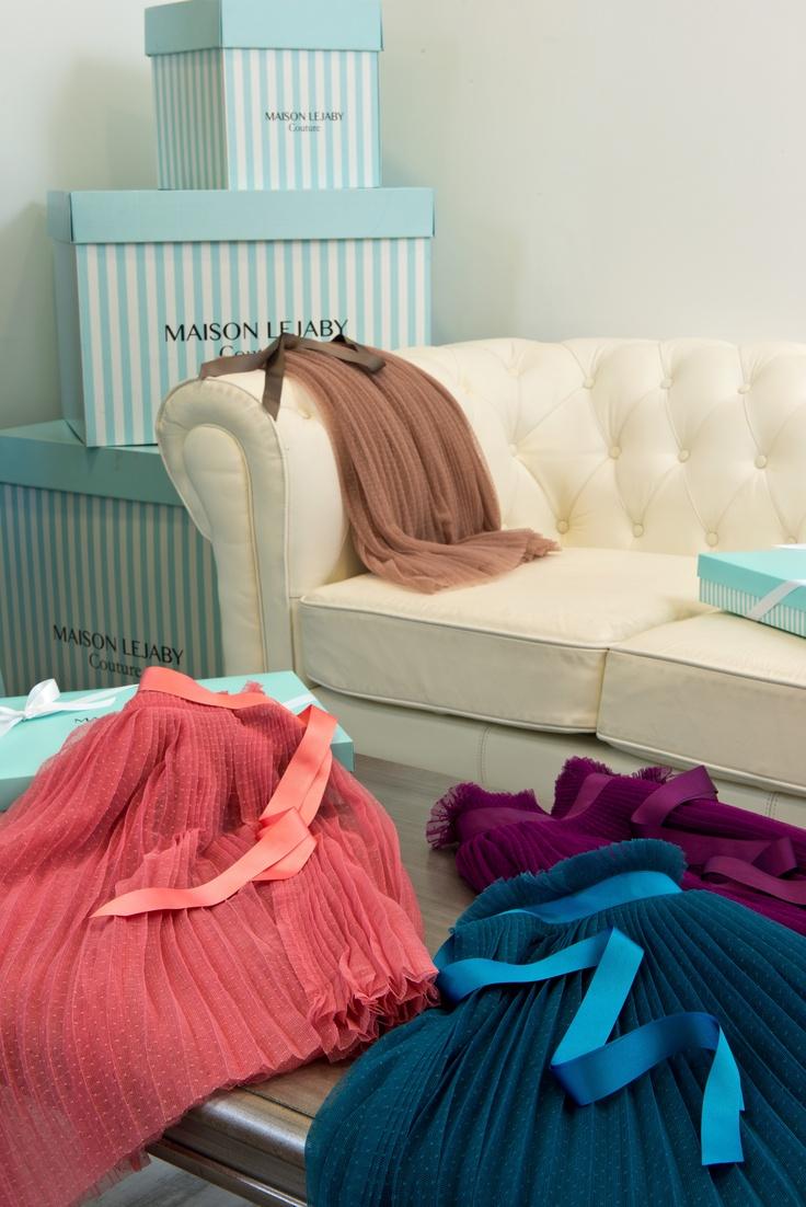 11 best salon couture maison lejaby lingerie images on pinterest father lounges and pai. Black Bedroom Furniture Sets. Home Design Ideas