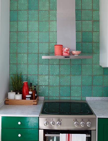 17 beste idee n over groene keuken op pinterest groene keukenkastjes gekleurde keukenkasten - Groene en witte keuken ...