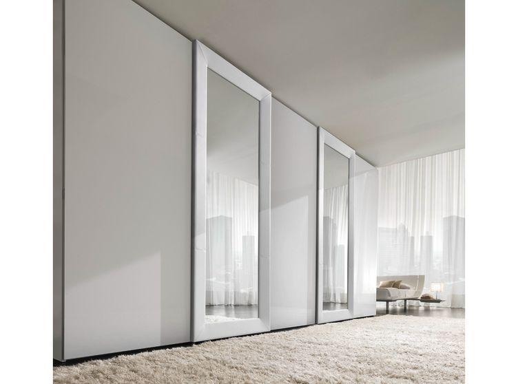 Sectional mirrored wardrobe with sliding doors MIRROR by Presotto Industrie Mobili | design Pierangelo Sciuto