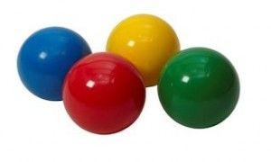 Gymles met ballen: gooien en mikken » Juf Sanne