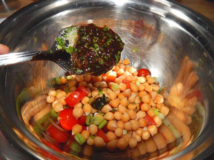 Csicseriborsó saláta recept